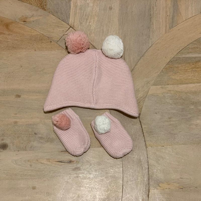 The little white company hat & gloves 3 months