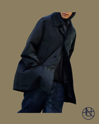 "nanamica boy in Daikanyama Vol. 22 ""2-layer GORE-TEX Soutien collar coat stays smooth and comfortable."""