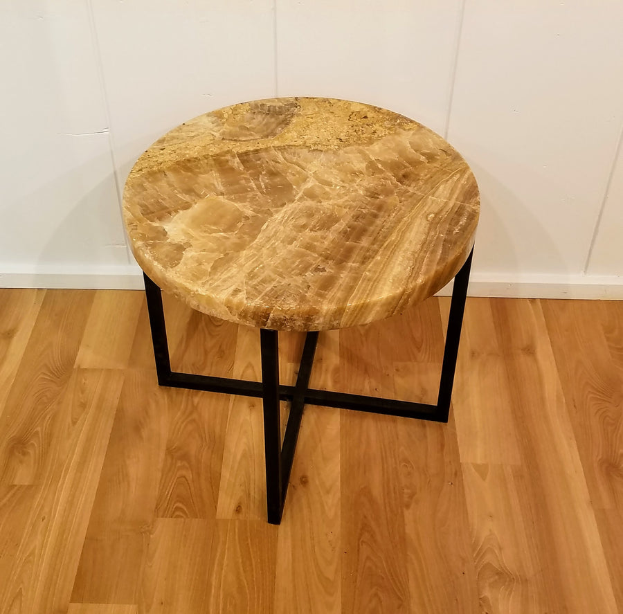 ROUND ONYX SIDE TABLE
