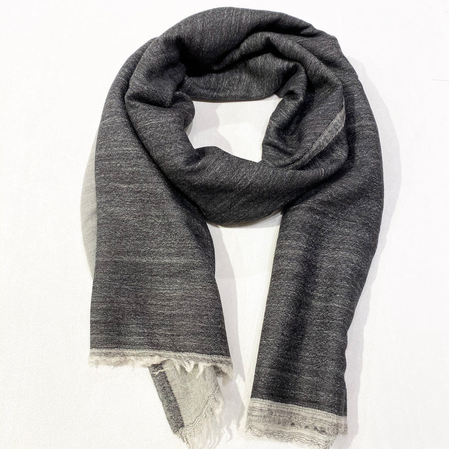 TWO-COLOR WOVEN CASHMERE