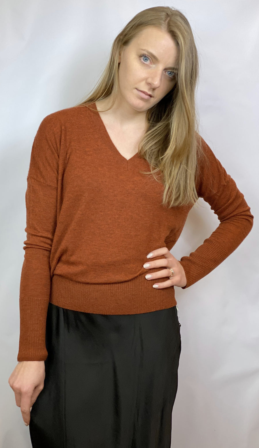 CASHMERE ORANGE SWEATER