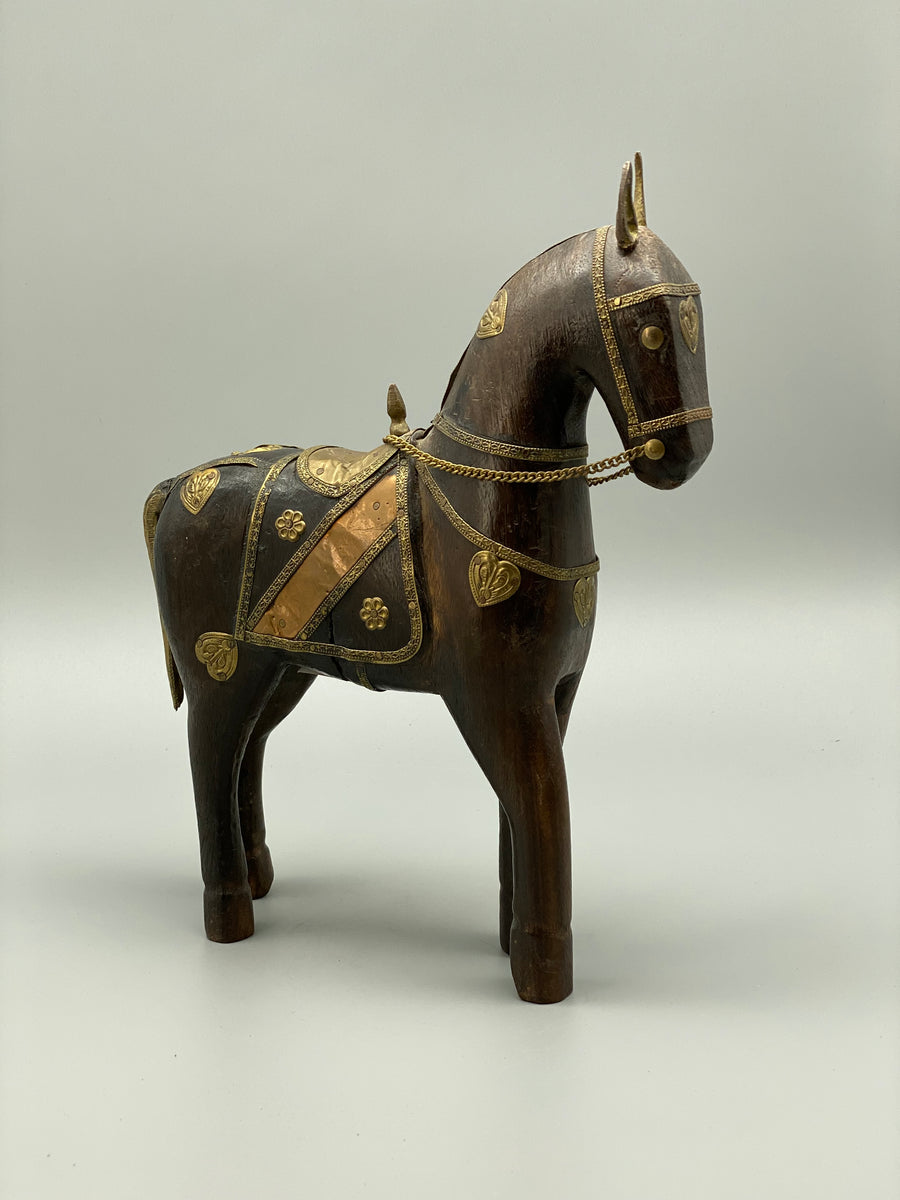 WOODEN HORSE SCULPTURE