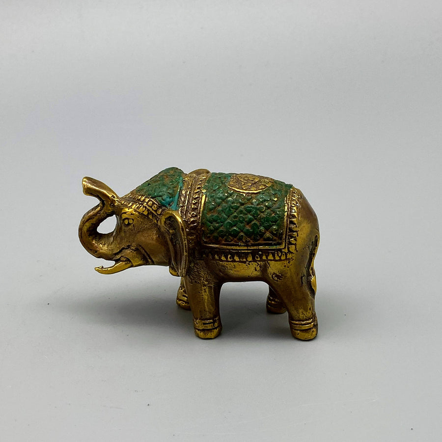 EMERALD GOLD ELEPHANT SCULPTURE