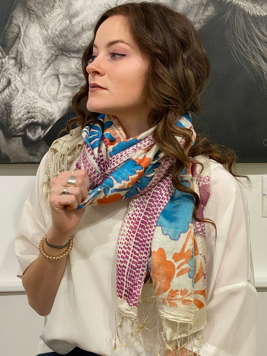 WOVEN SILK PRINTED SCARF