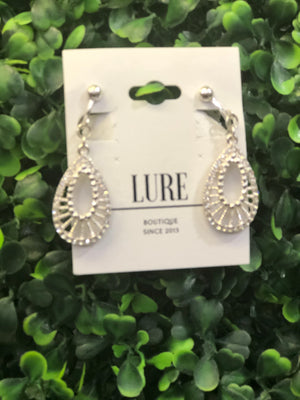 Tear Drop Clip On Earrings - LURE Boutique