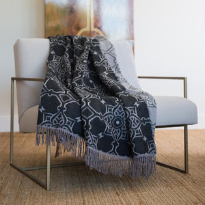 Bella Vita Casablanca Throw (black & iron)