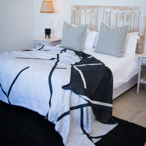 Amanda Cotton Highway Reversible Throw (black and white)