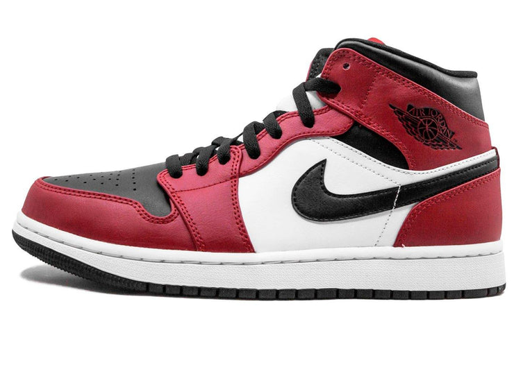Nike Air Jordan 1 Mid Chicago Black Toe