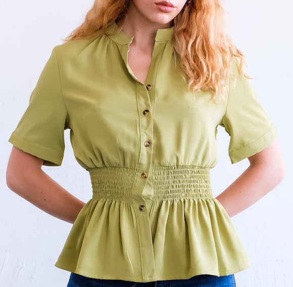 M885 - Button Up Short Sleeve Top - $13.50