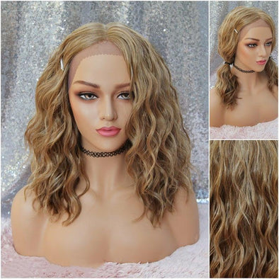 Strawberry Blonde Lace Front Wig - Natural Middle Part, Beach Waves, HEAT SAFE, Everyday Wig, Cosplay