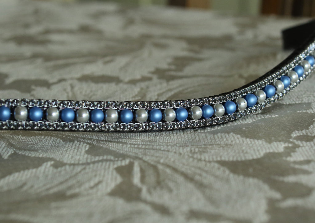 Alternating blue and silver pearl browband