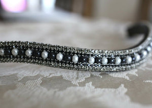 Jet and white pearl megabling curve browband