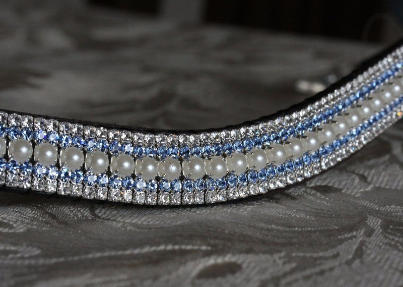 Pearl, light sapphire and clear megabling curve browband