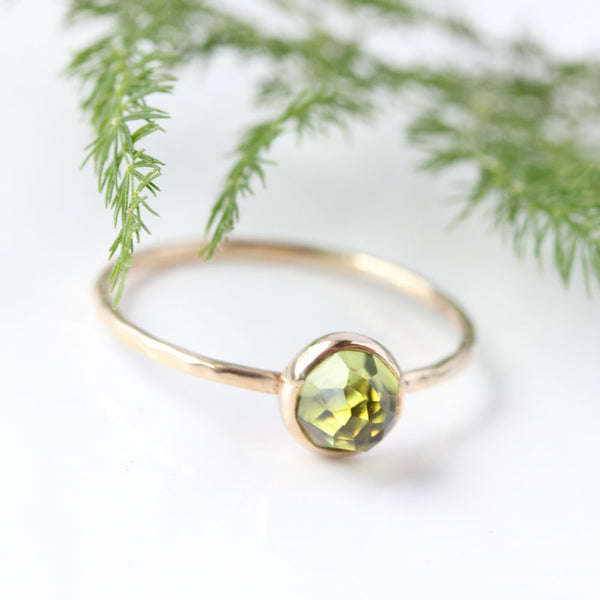 Rose cut Peridot & 14k Gold Ring