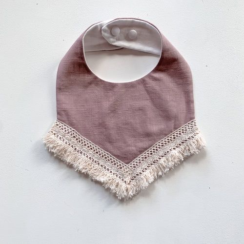 Lace trim bib  - Dusty pink