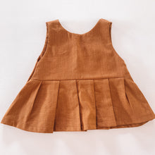 Load image into Gallery viewer, Peplum top - tan