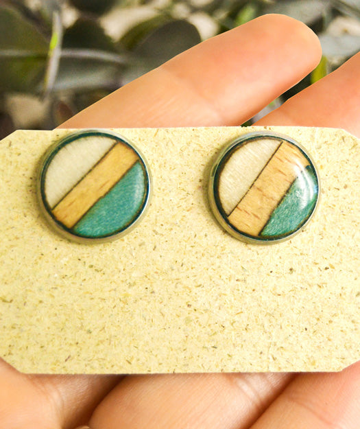 Wooden Earrings | Button balance