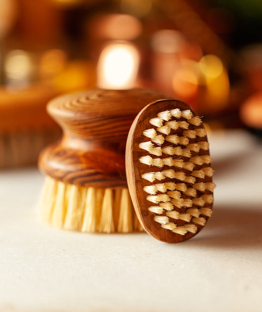 Wooden Nail Brush | Fingro