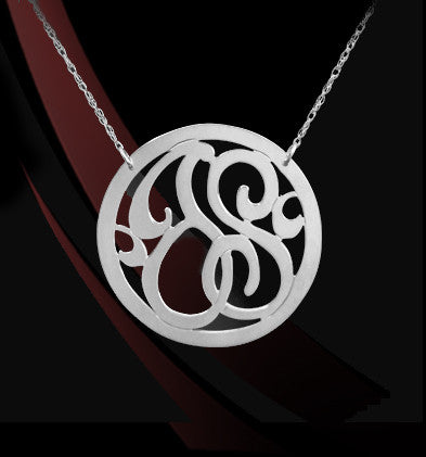 Rimmed 2 Initial Lace Monogram Necklace Apparel & Accessories > Jewelry > Necklaces - 3