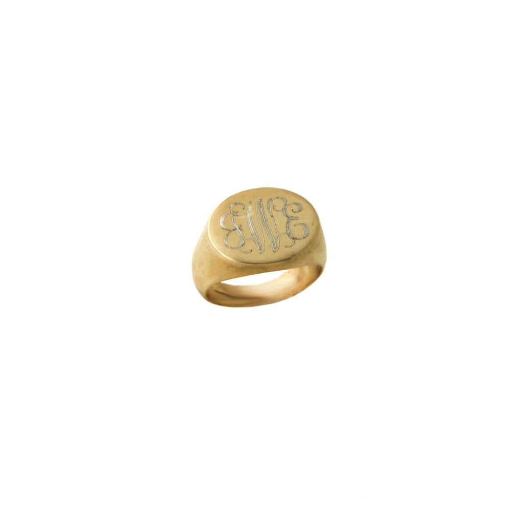 14K Gold Oval Signet Ring Apparel & Accessories > Jewelry > Rings - 1