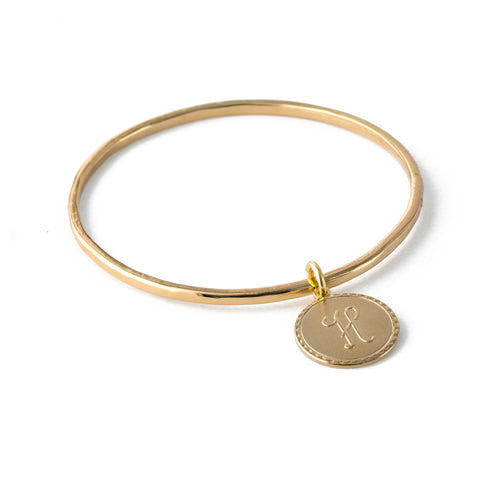 Lisa Stewart Coventry Bangle With Round Initial Drop Apparel & Accessories > Jewelry > Bracelets - 1