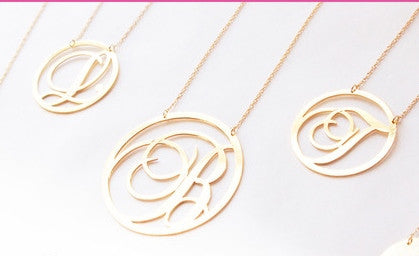 Moon and Lola Beso Rimmed Script Initial Necklace Apparel & Accessories > Jewelry > Necklaces - 3