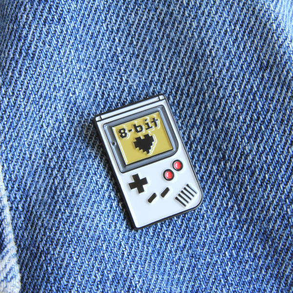Game Boy retro 8-Bit Love Enamel Pin, lapel pin