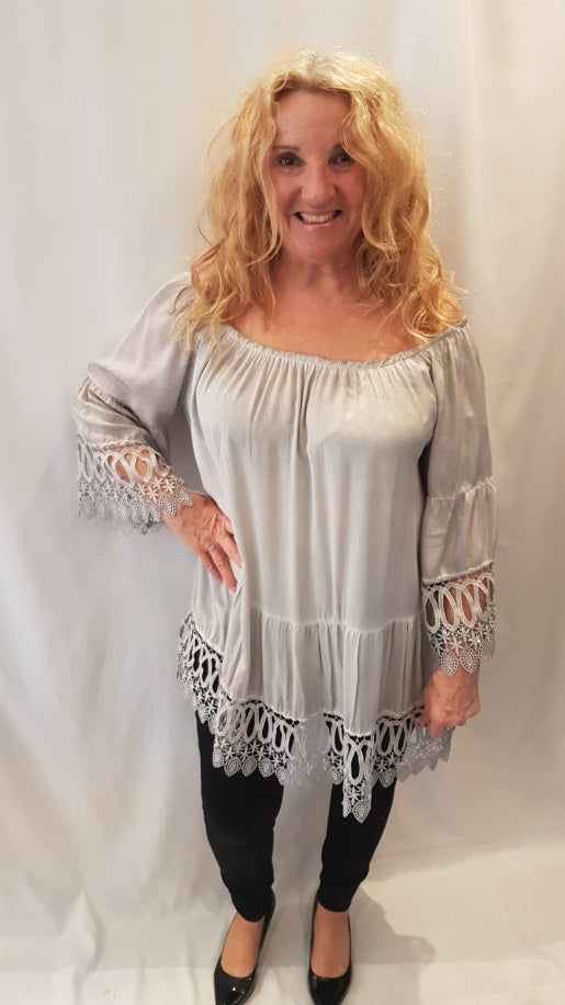 Gypsy Style Top with Applique Detail