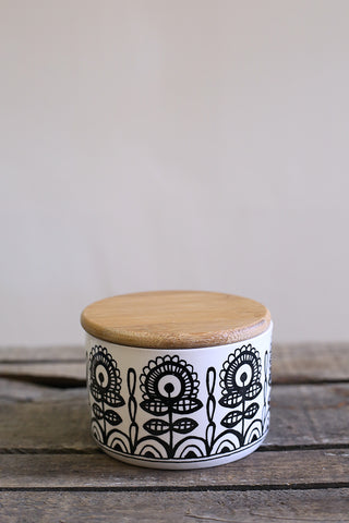 Patterned Canister