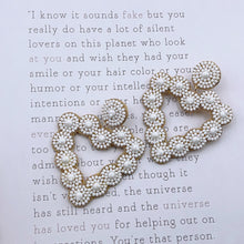 Load image into Gallery viewer, White beaded heart