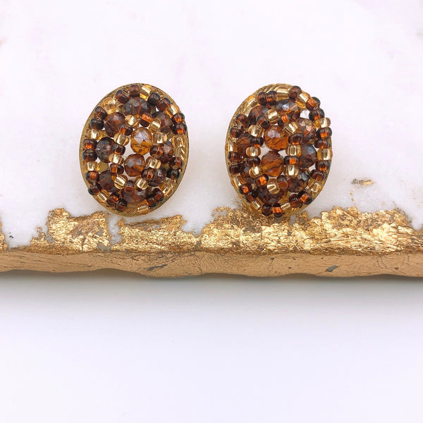Oval Coffee Stud