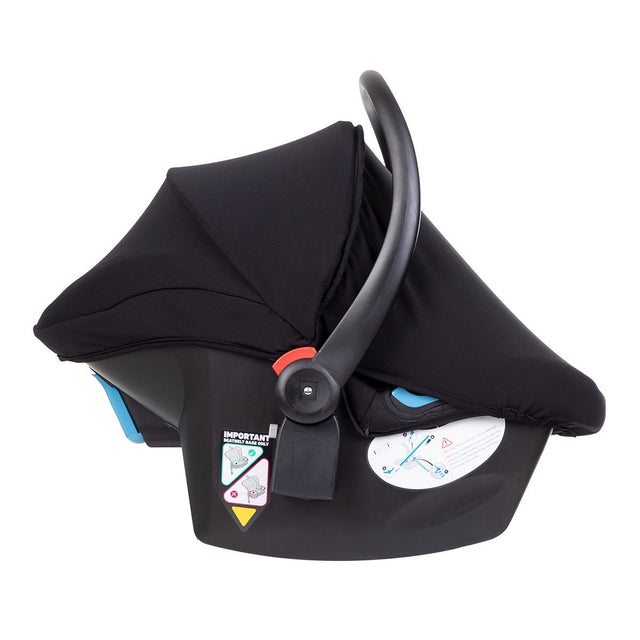 alpha™ infant car seat shown side on with the attached UPF50+ sun cover extended over the car seat_black/grey marl