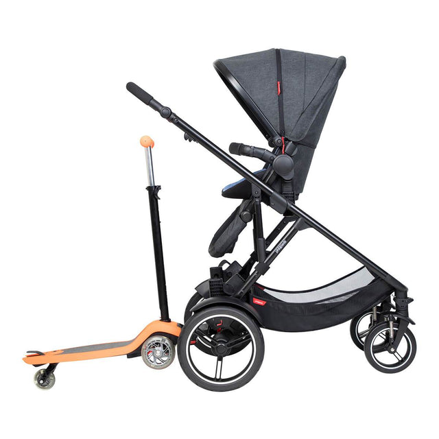 phil&teds voyager inline buggy with main seat in parent facing and freerider in rear
