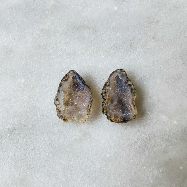 Top Quality Tabasco Geode Pairs Mini Geode Tiny Colorful Crystals Miniature