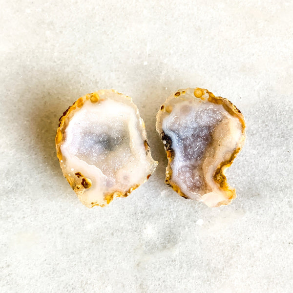 Top Quality Tabasco Geode Pairs Mini Geode Tiny Colorful Crystals Miniature - Split Geode