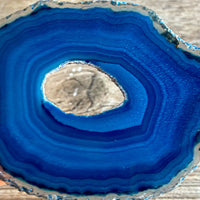 "Blue Agate Slice (Approx 2.55"" Long) with Quartz Crystal Druzy Geode Center"