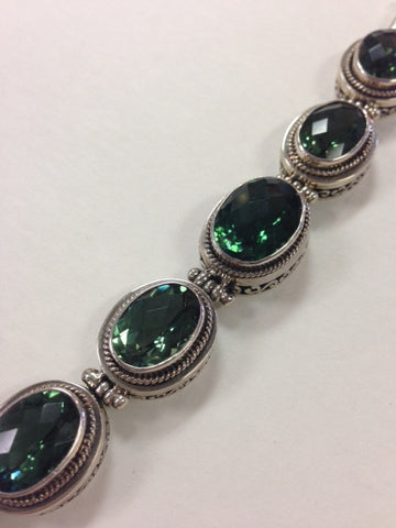 5 Green Quartz Bracelet with Filigree detail