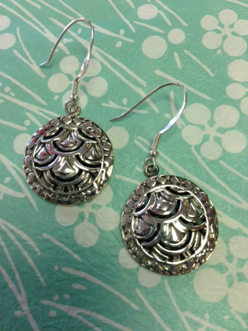 Round Fan Openwork Earrings