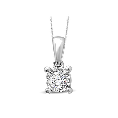 10K White Gold diamonds pendant