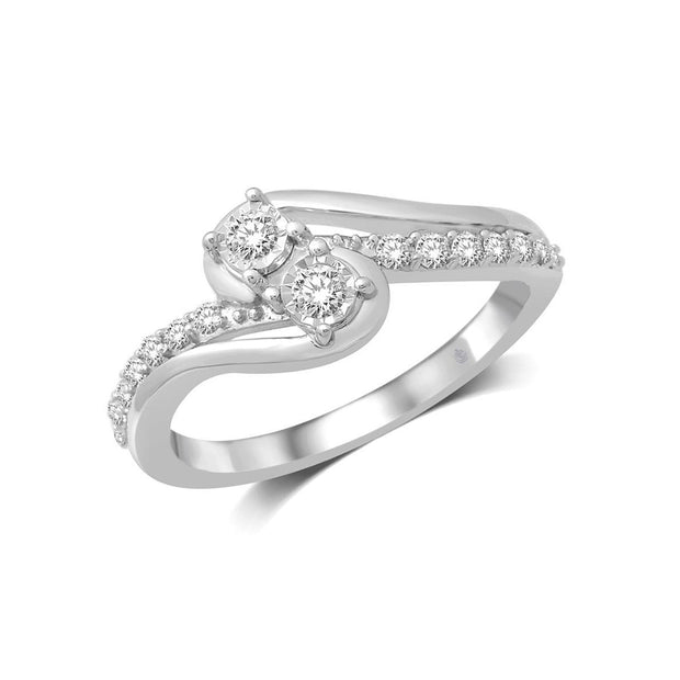 14 K White Gold  0.33ctw  Fancy Diamond Ring