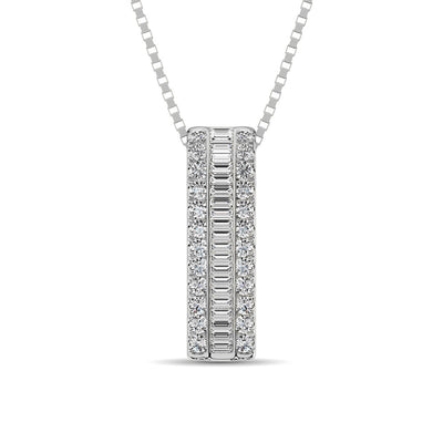 white-gold-bar-shape-round-and-baguette-diamond-pendant-fame-diamonds