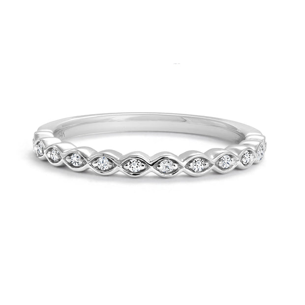 cr-r07543-14k-white-gold-canadian-diamond-wedding-band-famediamonds