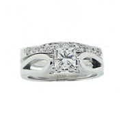 Custom made 4-double claw princess cut solitaire engagement ring with matching wedding band