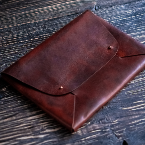Minimal Laptop Sleeve (Tobacco Tan)