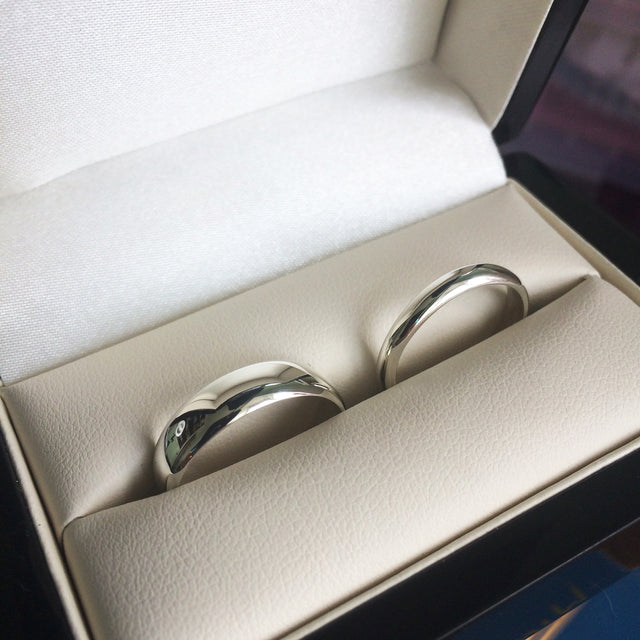 Handmade Silver Wedding Rings in a black double ring box