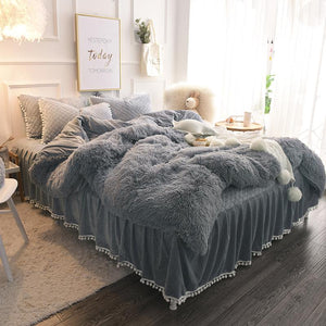 Famvotar Chic Faux Fur Shaggy Bedding Set Full 4 Pcs Set ( 1 Comforter Cover+1 Ruffle Quilted Bedskirt +2 Pillow Shams) Velvet