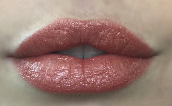 Axiology Natural Organic Lipstick Devotion swatch