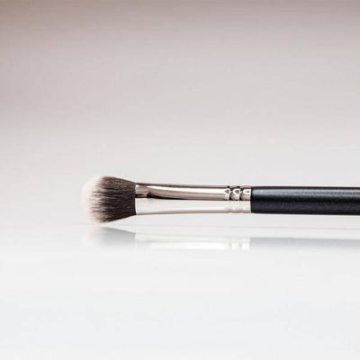 192 - Small Duofibre Blender Brush - Plush Beauty