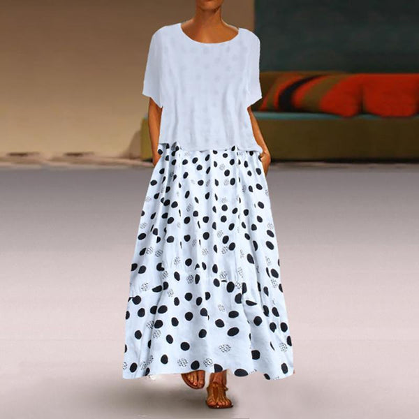 A Casual Round Collar Dot Print Dress