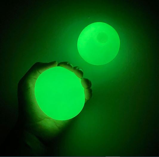 Glowing Sticky Balls (4-PACK)